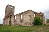 RUINS OF MEDIEVAL CHURCH © Konstantin Karchevskiy | Dreamstime.com